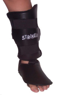 striker-shin-instep-fixedbg
